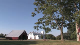 HD Farms & Countryside Country Barn 3
