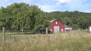 HD Farms & Countryside Red Barn