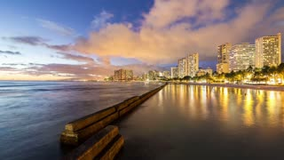 Honolulu Time Lapse Night