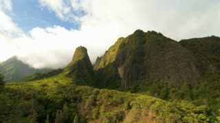 Iao Valley Mountains and Clouds Timelapse