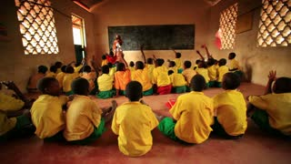 Kenya Classroom Filled with Students 2