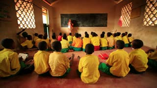 Kenya Classroom Filled with Students