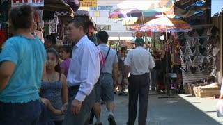 LA Santee Alley Market Timelapse