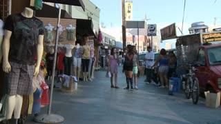 LA Sidewalk Market Timelapse