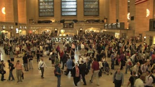 Large Crowd at Grand Central Station 12