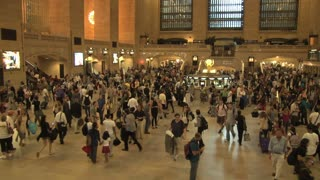 Large Crowd at Grand Central Station 13