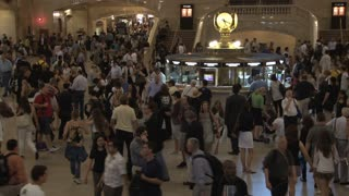 Large Crowd at Grand Central Station 14