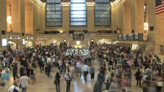 Large Crowd at Grand Central Station 4