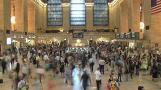 Large Crowd at Grand Central Station 8