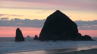 Large Haystack Rock at Cannon Beach in Oregon