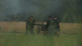 Loading Civil War Cannon