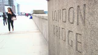 London Bridge Sidewalk