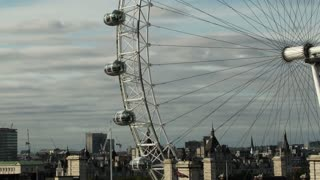 London Eye Tilt Up Timelapse