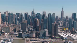 Manhattan Skyline Flyby