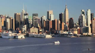 Manhattan, view of Midtown Manhattan across the Hudson River, New York, United States of America