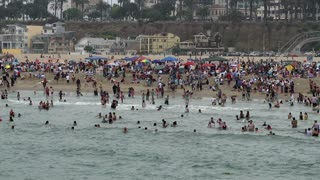 Overcrowded Beachfront Waves Timelapse