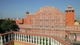 Palace of the Winds, built in 1799, women in colourful saris, India, Rajasthan, Jaipur, Hawa Mahal, MR