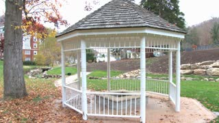 Pan Gazebo To Autumn Resort