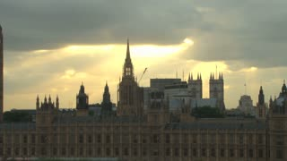 Pan On Palace Of Westminster