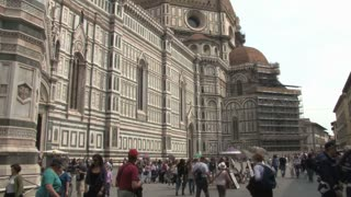 Panning View of the Duomo