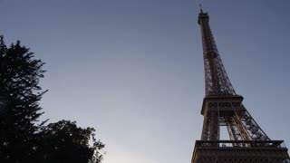 Paris' famous Eiffel Tower - Evening Time Lapse