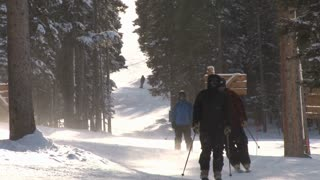People Skiing 2