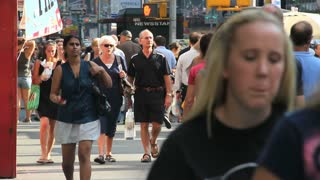 People Walking in NYC 2