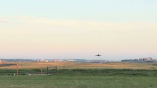 Planes Taking Off and Landing at Same Time