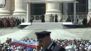 Pope Praying in St. Peters Square