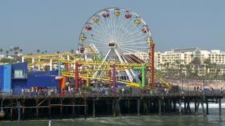 Santa Monica Ferris Wheel Spinning Timelapse