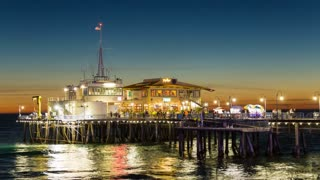 Santa Monica Pier, Los Angeles End of Pier Restaurants Dusk Timelapse