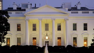 Scenic Dusk At White House