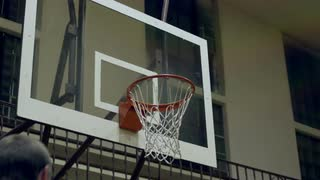 Slam Dunk in Slow Motion