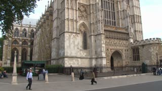 Slow Tilt Up To Westminster Abbey