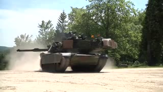 Soldiers OPFOR Position Attacked by US Armor tank