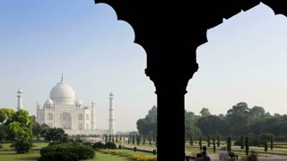Taj Mahal Tourist Time Lapse 3