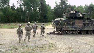 Tanks and Paladins Mechanized Live Fire