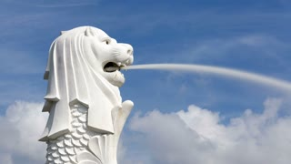 The Merlion Statue, Marina Bay, Singapore, South East Asia, Time lapse