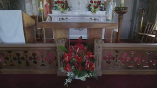 Tilt Up to Hawaiian Church Altar