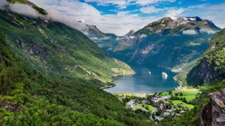 Timelapse, Geiranger fjord, Norway - 4K ULTRA HD, 4096x2304.
