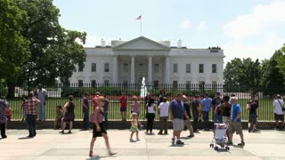 Tourists Outside White House Timelapse