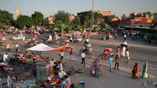 Traffic congestion and street life in the City of Jaipur, Rajasthan, India, Asia