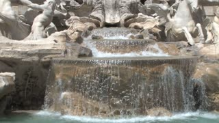 Trevi Fountain Close Up Tilt