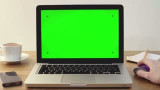 Using Laptop with a Green Screen at the Workplace