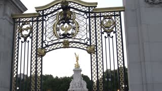 Victoria Memorial Through Gate Surrounding Buckingham