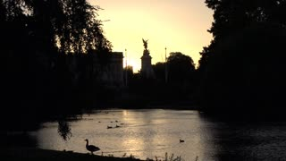 Victoria Memorial View From St James Park
