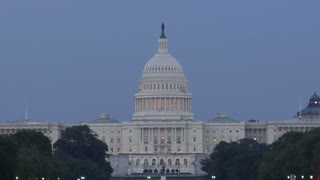 View of the US Capital Building in the Evening