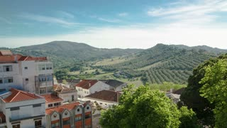 Vineyards on the Hills of Portugal with nice houses with red roof near Sesimbra  timelapse 4K