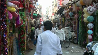 Walking Through Crawford Market in South Mumbai