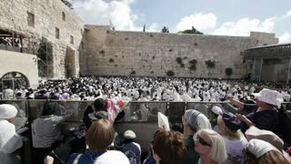Western wall Priestly Blessing 0913 - Editorial